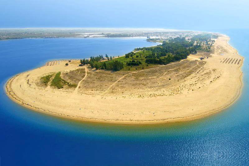 Αμμόγλωσσα, παραλία Κεραμωτής Καβάλας, μια τροπική ατόλλη στον κόλπο της Κεραμωτής