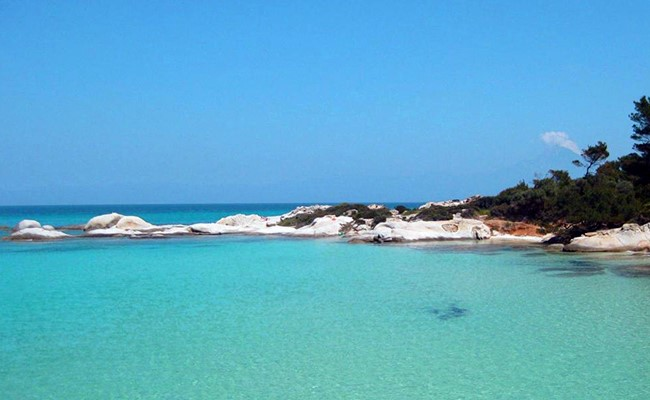 Παραλίες Καβουρότρυπες και Orange Beach, η παρθένα φύση στη Σιθωνία Χαλκιδικής